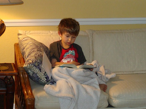 john_reading_harry_potter_512x384