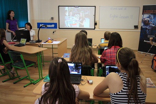 are-notebook-computers-too-distracting-in-the-classroom-21