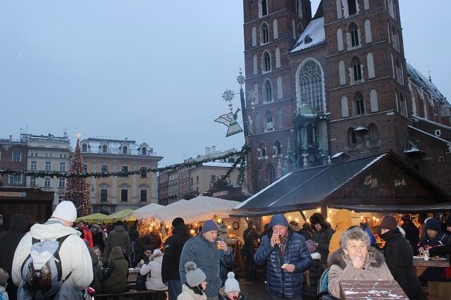 Krakow_main_market_square